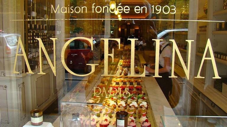 1024px-Angelina,_rue_de_Rivoli_1_Paris,_France_2011