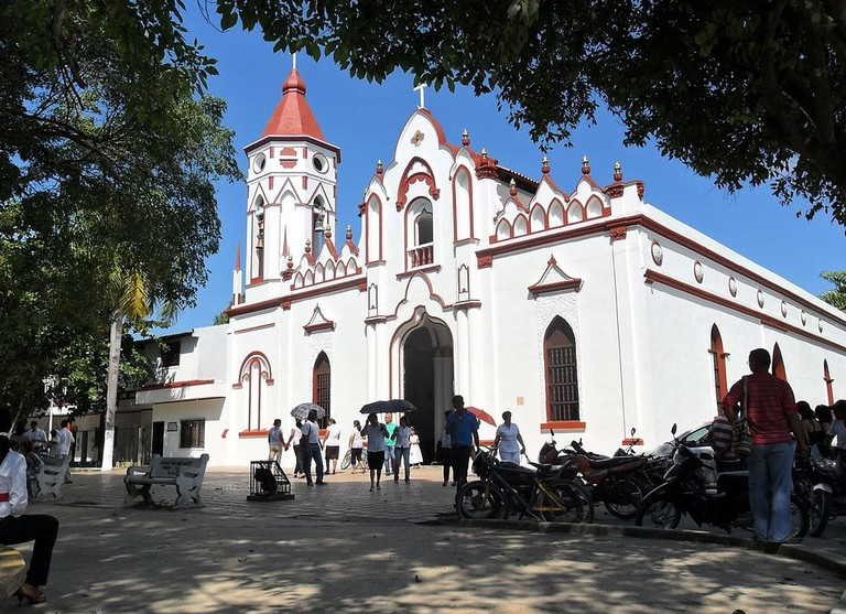 1024px-Aracataca's_church_where_Garcia_Marquez_was_baptized