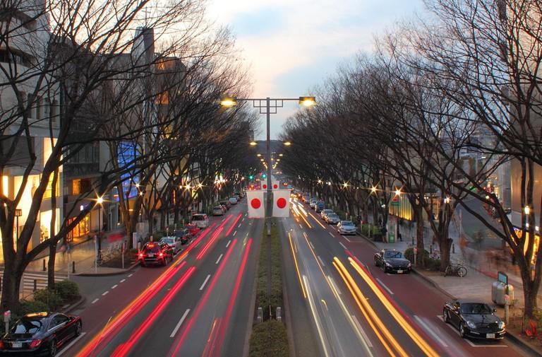 1024px-Omotesando_Tokyo_2012_winter