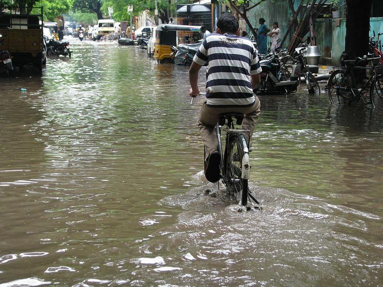 1280px-India_-_Chennai_-_Monsoon_-_06_(3059058000)