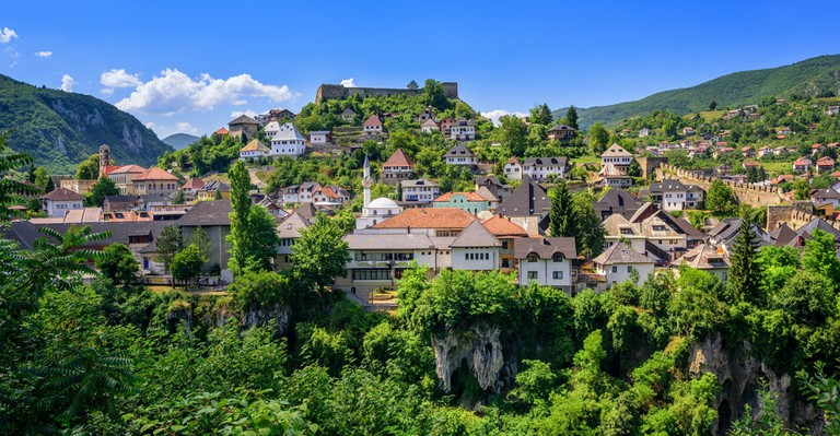 The old town of Jajce, a historical capital of Bosnian Kingdom | © Boris Stroujko/Shutterstock