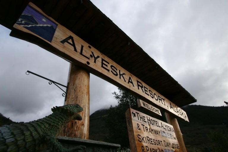 Travels with Trippy: Alaska (2010) Ι