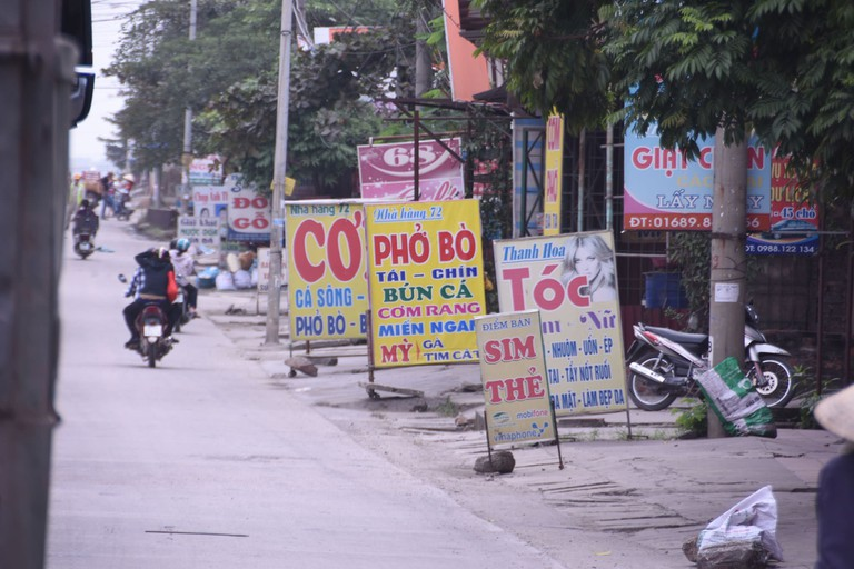 Signs for some cheap meal options