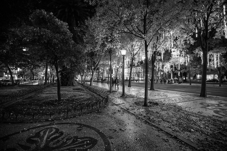 Avenida da Liberdade is a lovely place to walking, even at night.