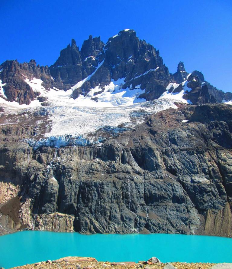 3456px-Cerro_Castillo_y_laguna