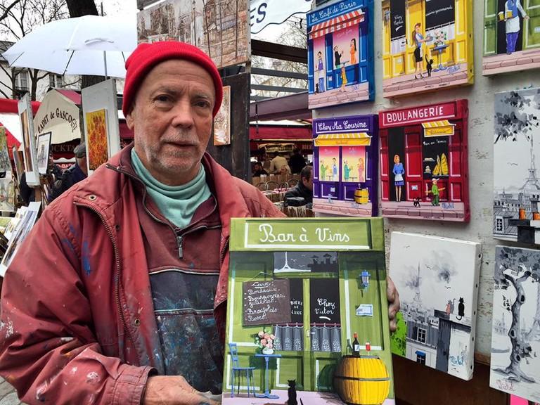 A local artist in Paris' Place du Tertre