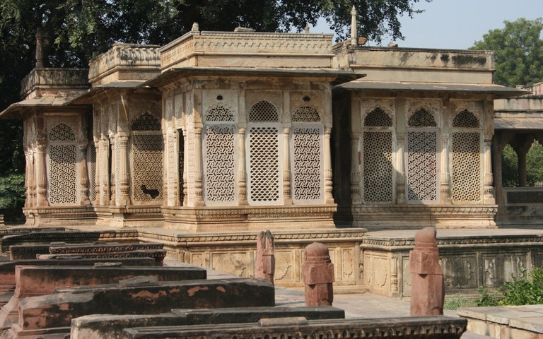 The humble yet beautiful tomb of Tansen