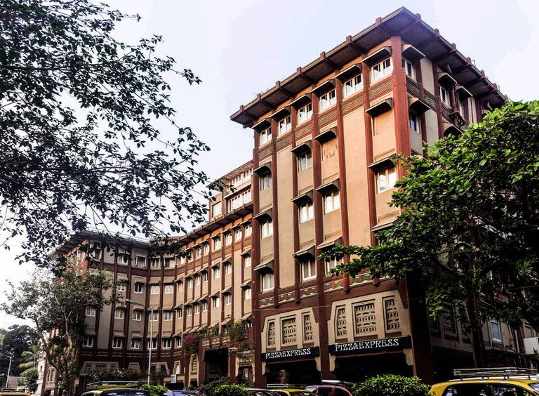 Dhanraj Mahal was once home to Indian actress Zubeida Begum Dharajgir