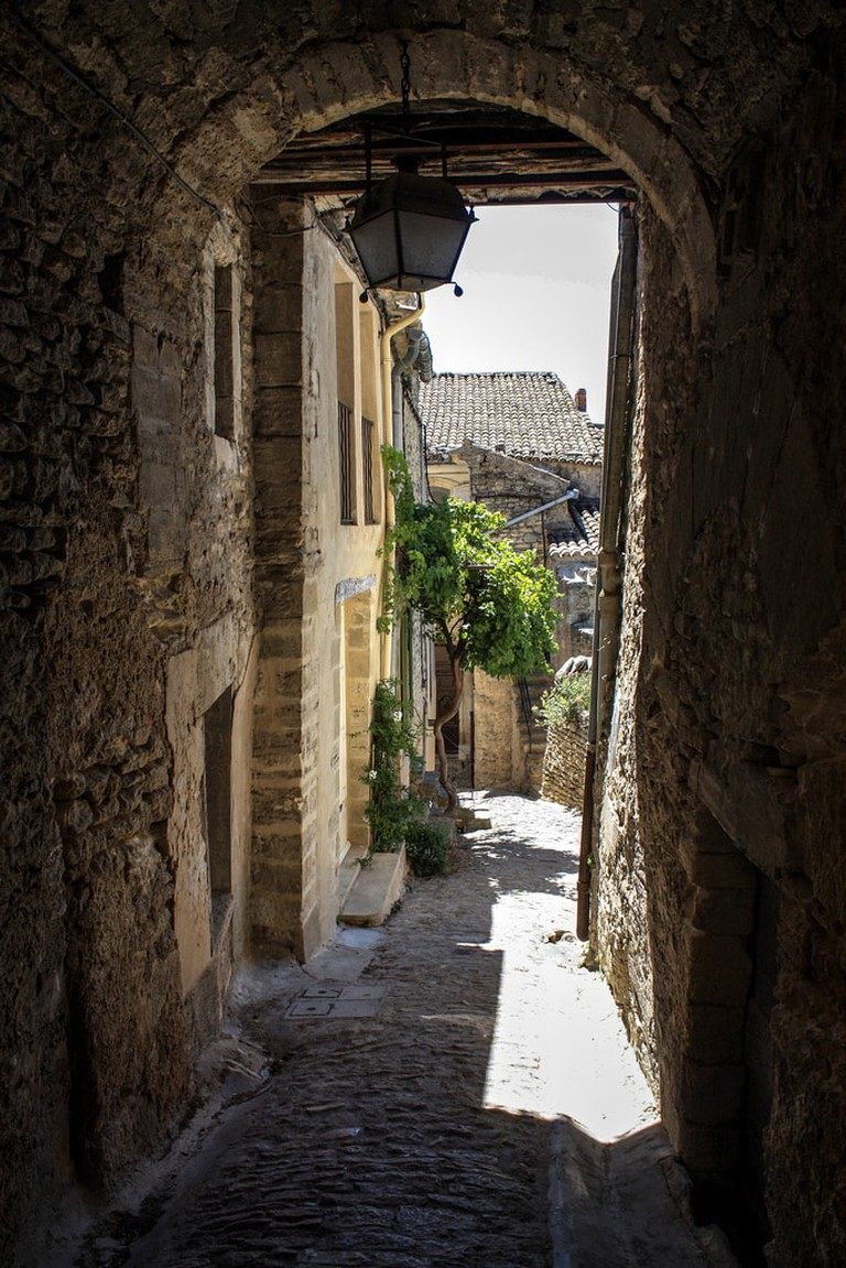 The alleys are perched on the hillside in Gordes