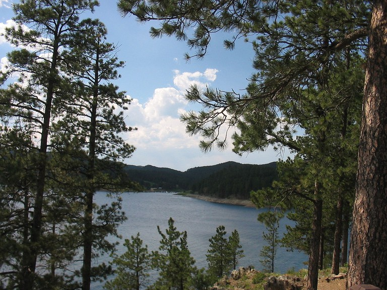 Lake in the Black Hills Ι © bobu/Flickr