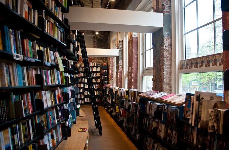 Inside American Book Center