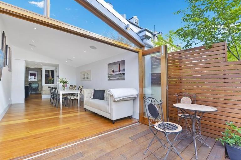 Luxury Colonial Terrace