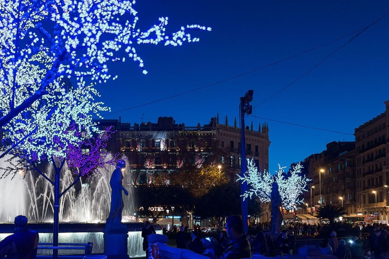 Barcelona_-_Nacht_-_Catalunya_Platz_015