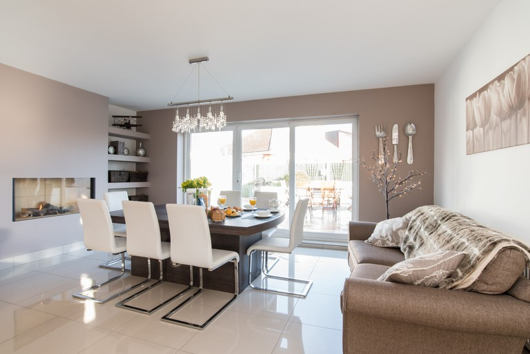 Boutique Style Double Bedrooms-001