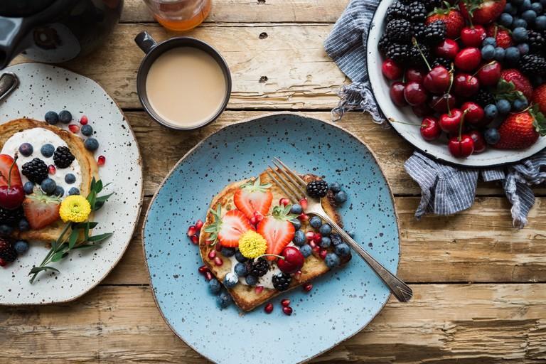 A proper breakfast | © Brooke Lark / Unsplash