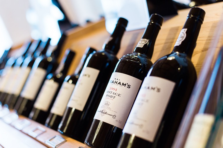 Bottles of wine   © Bruno Martins / Unsplash