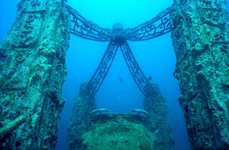 Remains of Port Royal underwater