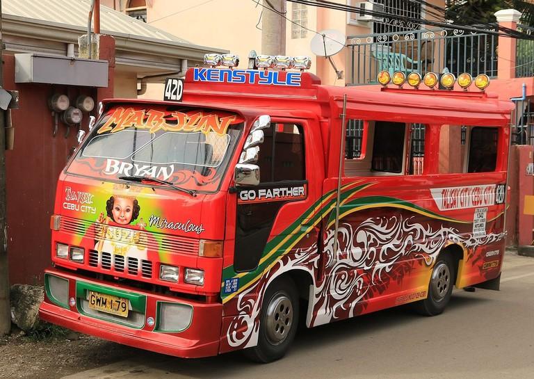 https://commons.wikimedia.org/wiki/File%3ACc_jeepney_cebu_city_a.jpg