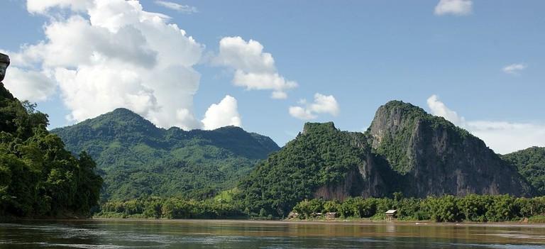 Chompet1024px-Mekong_River_(Luang_Prabang)