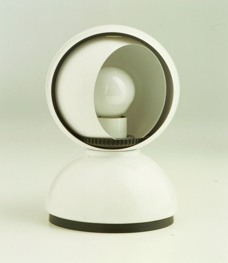 Eclisse lamp by Vico Magistretti, Artemide (1967) | Courtesy Collezione Permanente del Design Italiano, Triennale Design Museum
