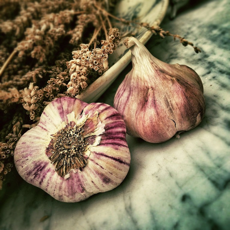 Garlic stereotypes