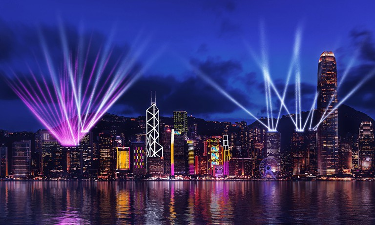 Hong-Kong-Symphony-of-Lights-Show