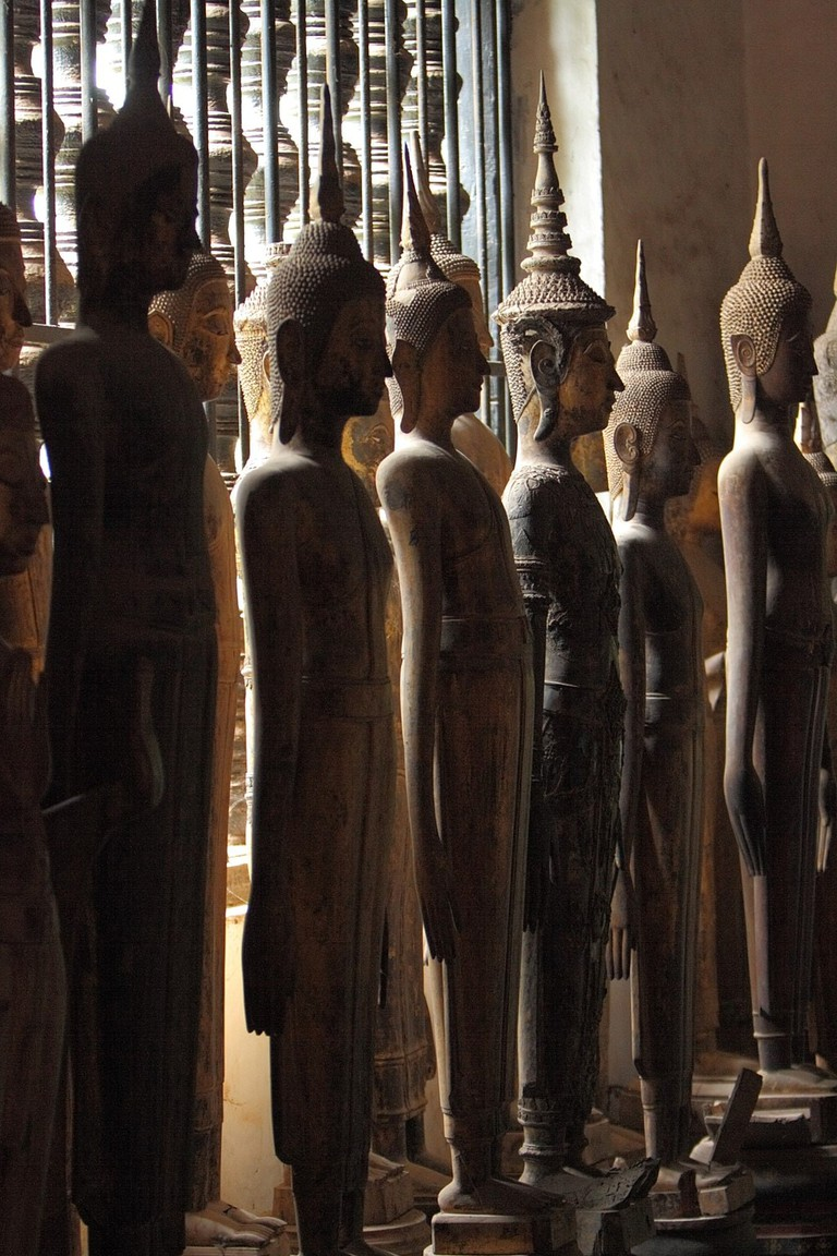 Luang_Prabang_Vat_Wisunarat_Buddhas_Statues_02 (1)
