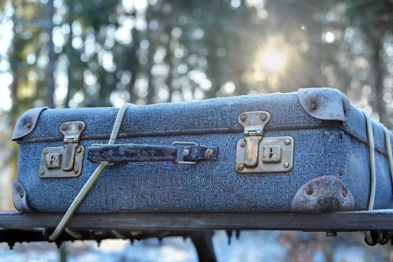 luggage-2020548_1280