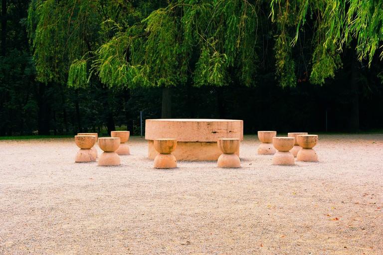The Table of Silence, Targu Jiu