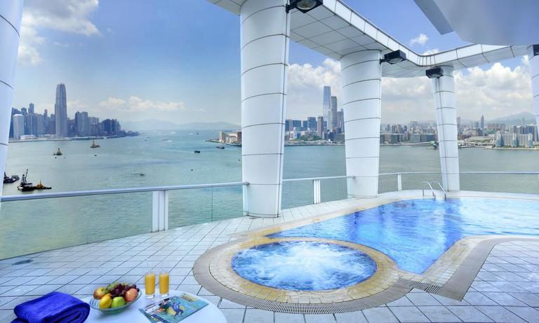 Metropark-Causeway-Bay-Swimming-Pool-Hong-Kong