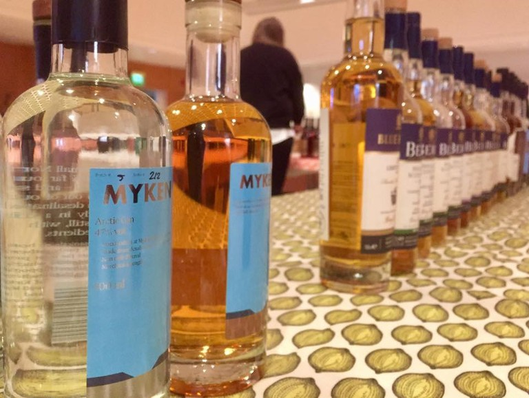 Myken whisky and gin