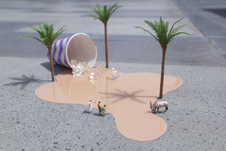 oasis+1Oasis, Dubai UAE, 2016 | Courtesy of Slinkachu