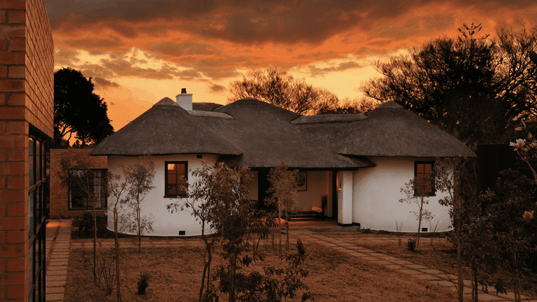 "The main house is also referred to as the ""kraal"""