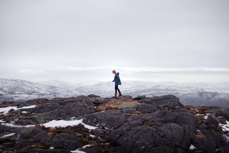 Ain't no mountain high enough for a Scandinavian   © Sharon Christina Rørvik / Unsplash