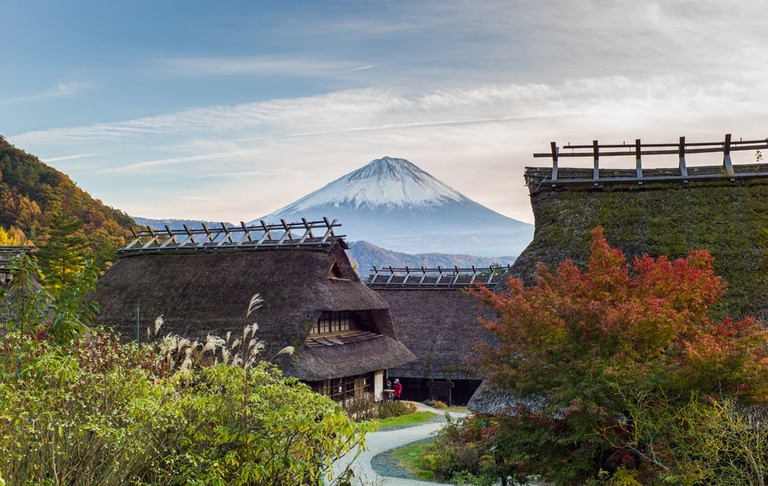 A glimpse of how Fuji appeared during the Edo Period