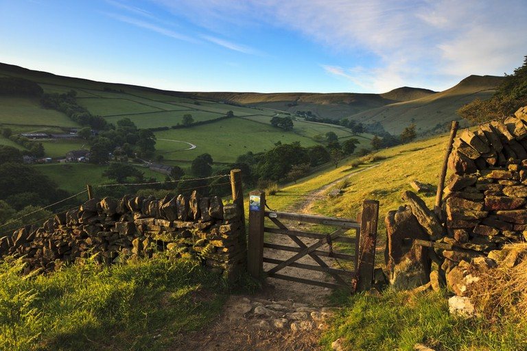 Hiking trails in the Peak District, Derbyshire