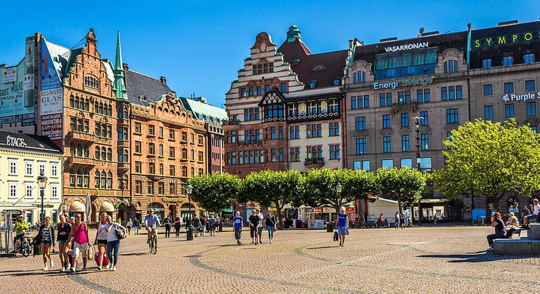 Free walking tours give the history of Malmö