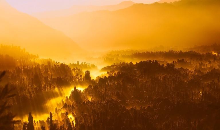 sunrise-1950873_1280