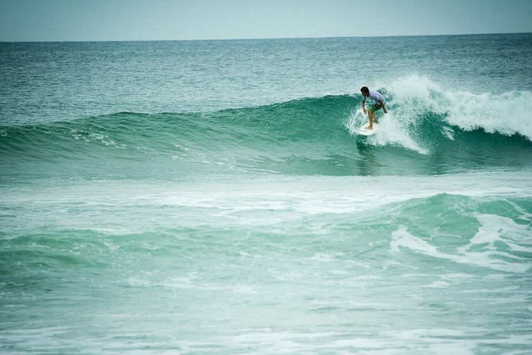 Surf strong