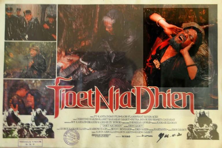Tjoet Nja' Dhien promotional poster