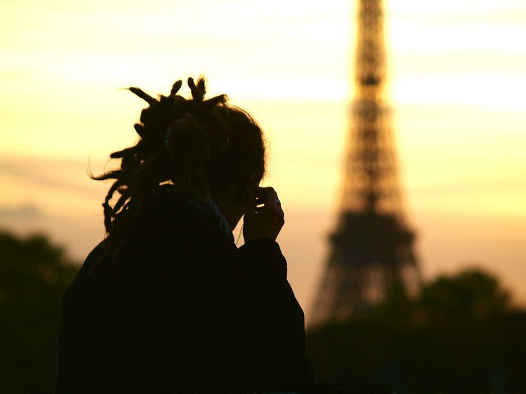 1024px-Paris_Dreadlocks