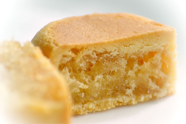Deliciously sweet and tangy pineapple cake
