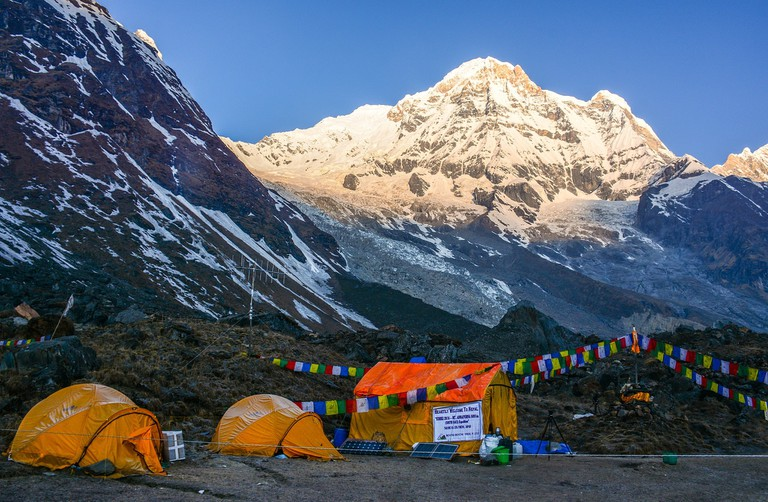 13.camping_himalayas_