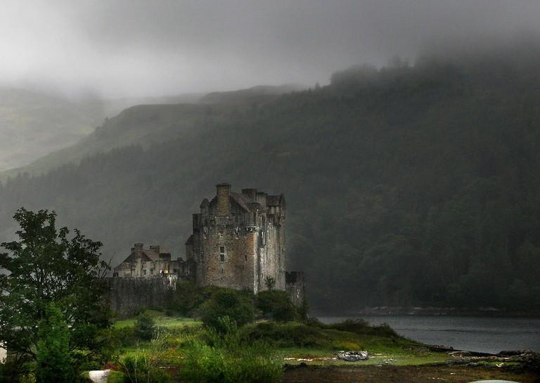 Castle Light, Highlands | © Angelo Amboldi / Flickr