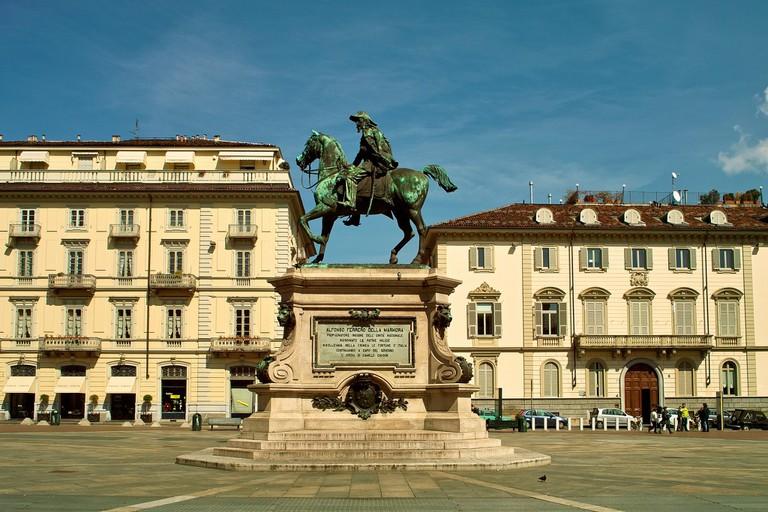 Piazza Giambattista Bodoni, Torino