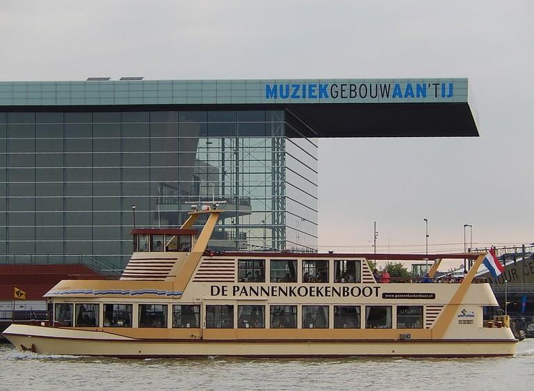 De Pannenkoekenboot sailing through Amsterdam's harbour