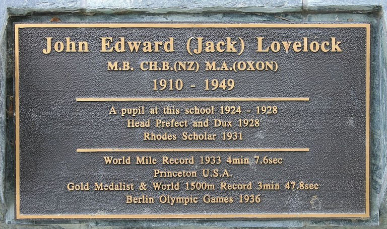 Memorial plaque for Jack Lovelock in Timaru, New Zealand