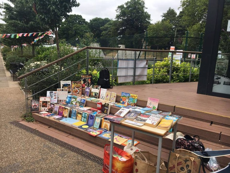 Free Book Southampton Display