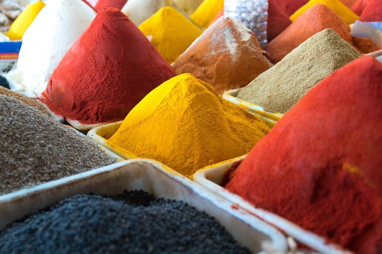 "<a href=""https://www.flickr.com/photos/x-oph/25331500004/"" rel=""noopener"" target=""_blank"">Spices in Souk El Had, Agadir"