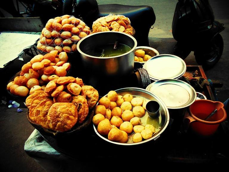 3.street_food_delhi_